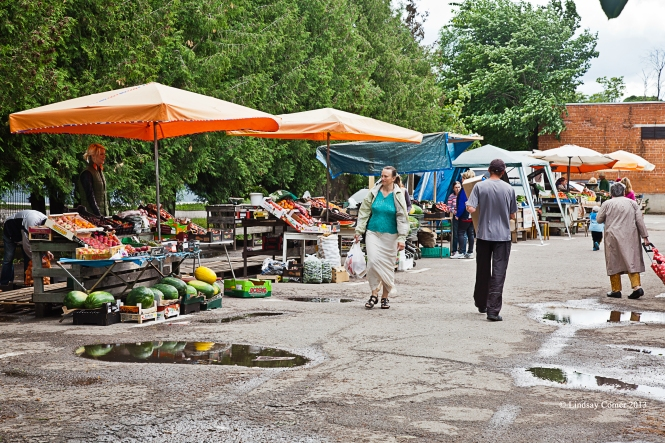the outdoor market in Jõhvi, Estonia.