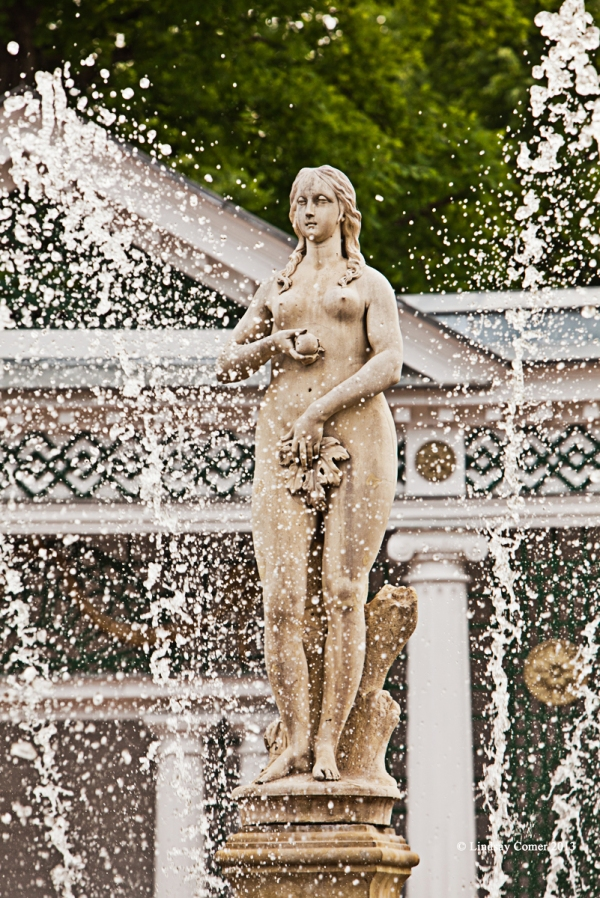 the statue of Eve.